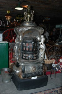 "Art Oxford ""Laurel"" Base Burner Stove At Horseless Carriage Museum"