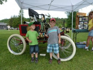 Lang Pioneer Vaillage Welcomes Horseless Carriage Museum